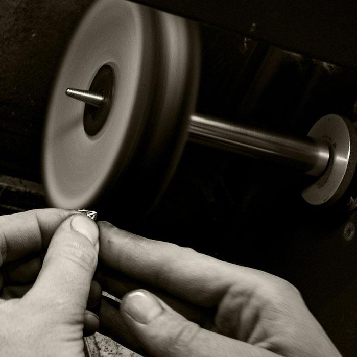 jewellery polishing wheel.jpg